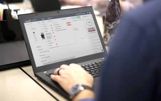 Syndigo laptop screen
